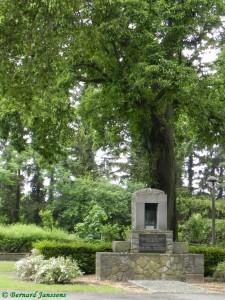 Monument aux mineurs dans le parc d'Auvelais